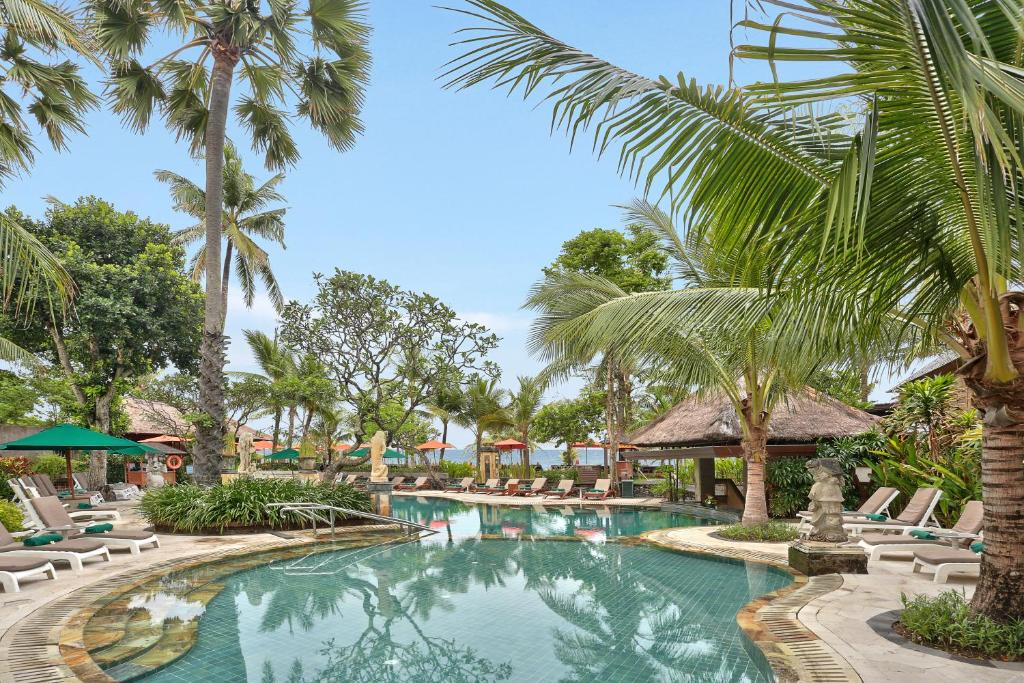 Legian Beach Hotel Updated