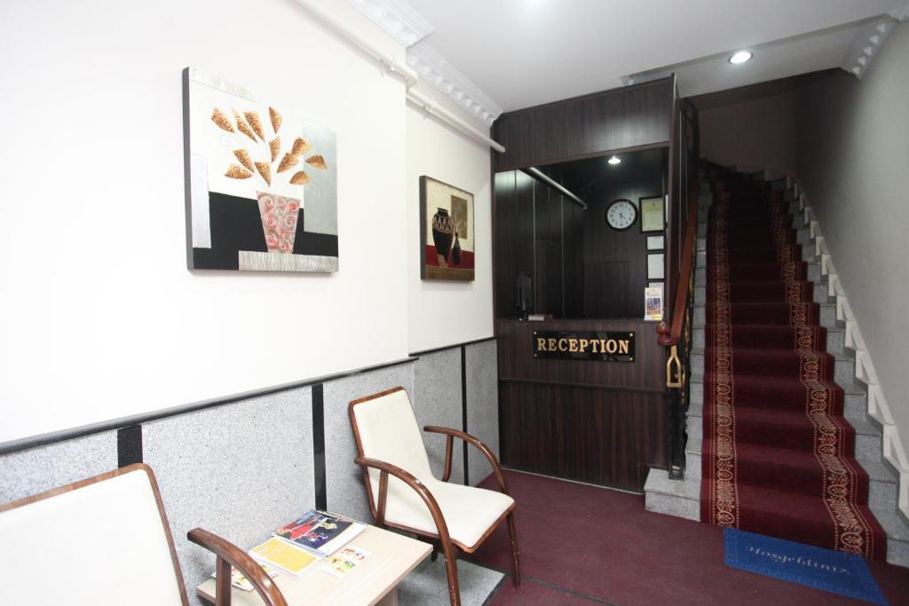 Лобби или стойка регистрации в Grand Hotel Palmiye