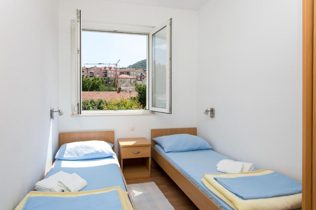 Hrvoje Place Apartments