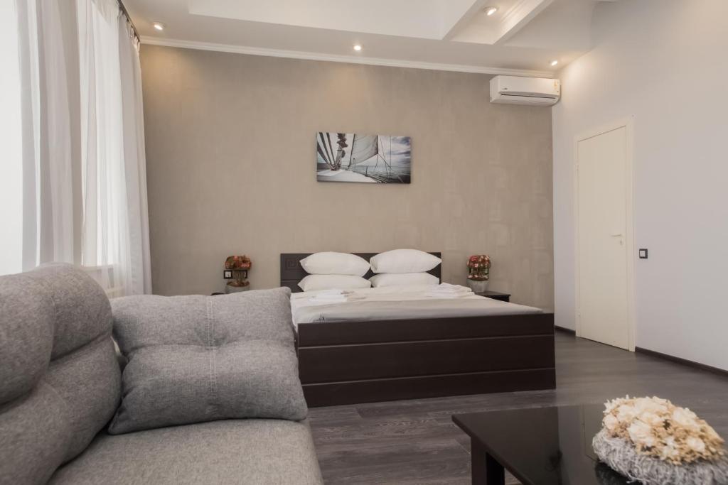 Uma área de estar em Hotel Loft