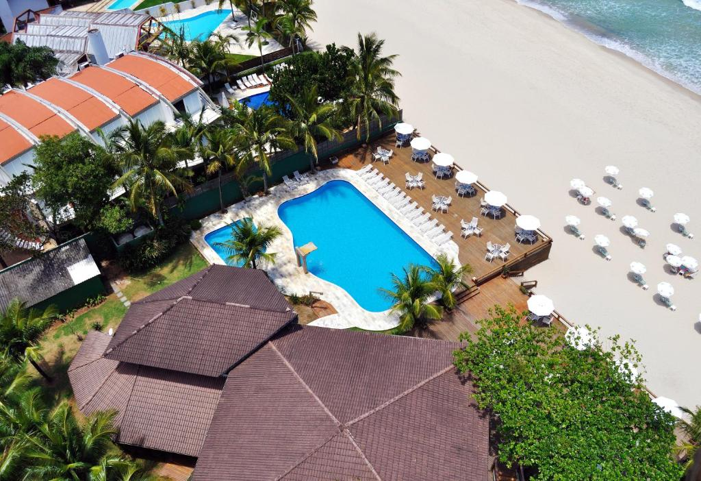 A view of the pool at Coconut's Maresias Hotel or nearby