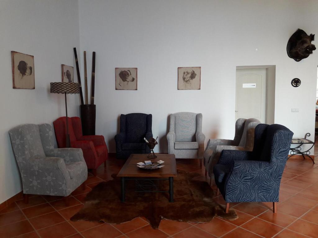 A seating area at Herdade Da Chaminé