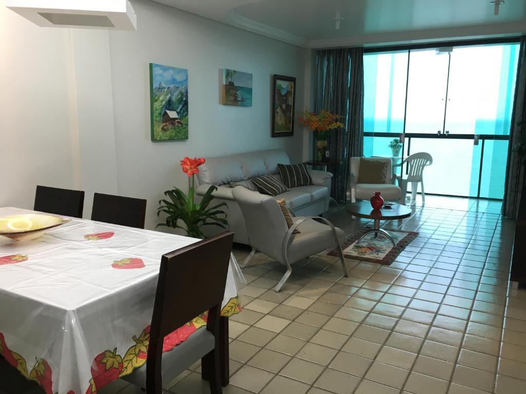 A seating area at Coronado Apart