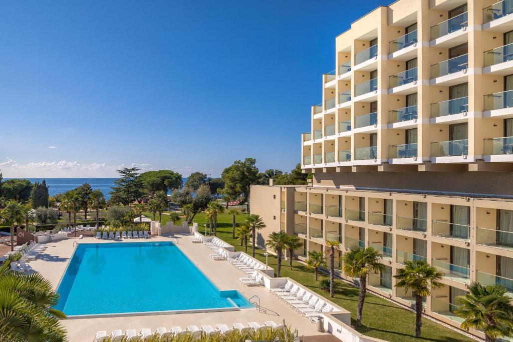 Hotel Laguna Materada