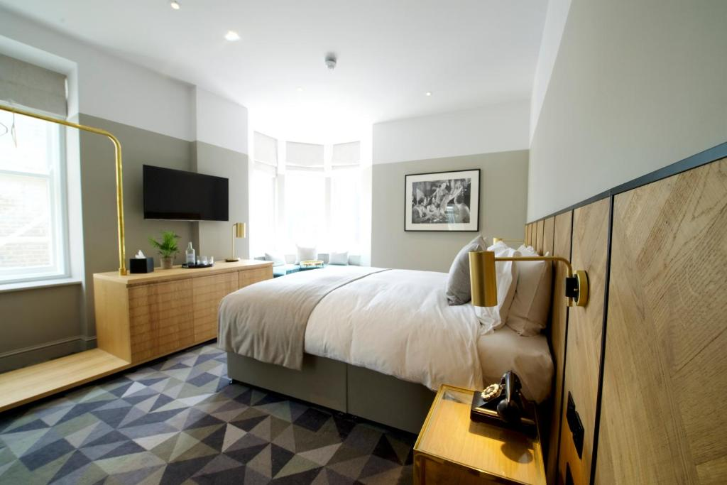 Victory HouseLondon Leicester SquareMGallery by Sofitel