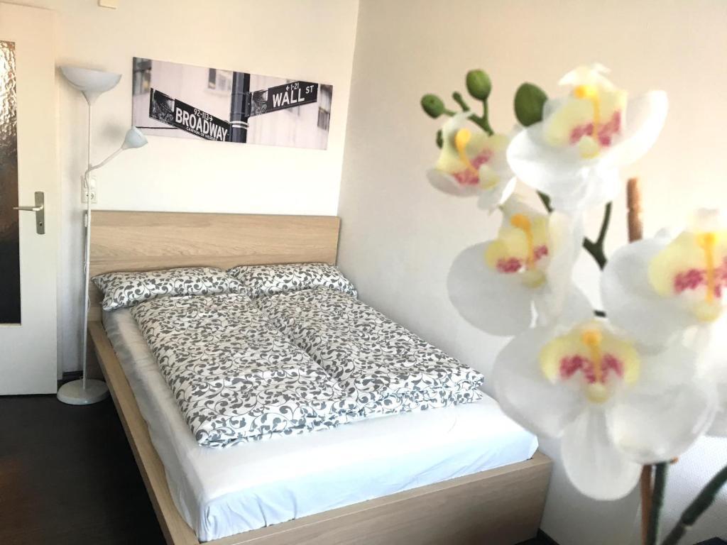 Ein Bett oder Betten in einem Zimmer der Unterkunft Business Appartement