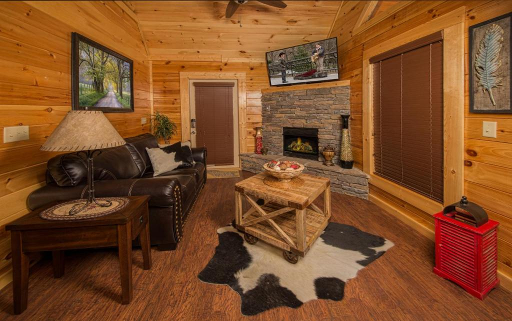 Vacation Home Poolin Around One Bedroom Cabin Pigeon Forge Tn