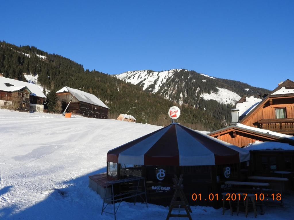 Base-Camp Appartement during the winter