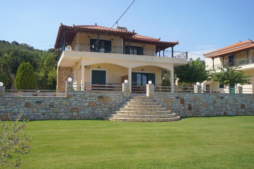 Elaia Houses