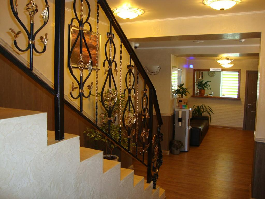 The lobby or reception area at Гостиница Аврора