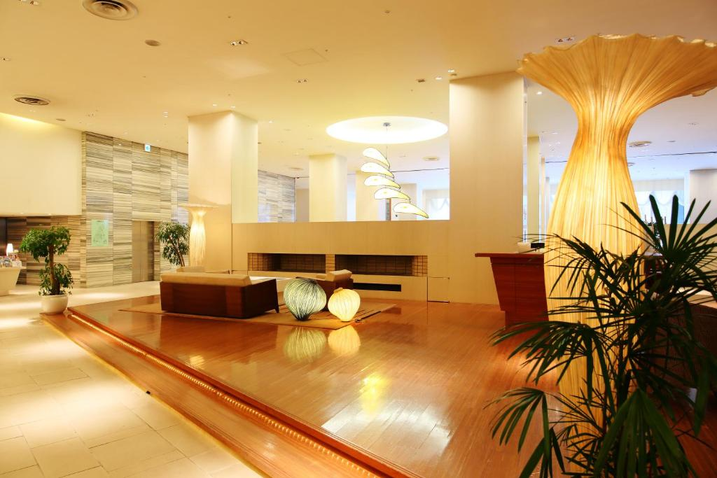 The lobby or reception area at Sapporo Park Hotel