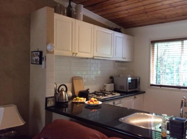 Köök või kööginurk majutusasutuses Bank St Cottage