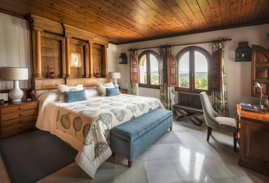 La Bobadilla, a Royal Hideaway Hotel, Villanueva de Tapia ...