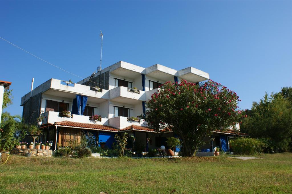 Villa Iris Studios Ormos Panagias Greece Booking Com