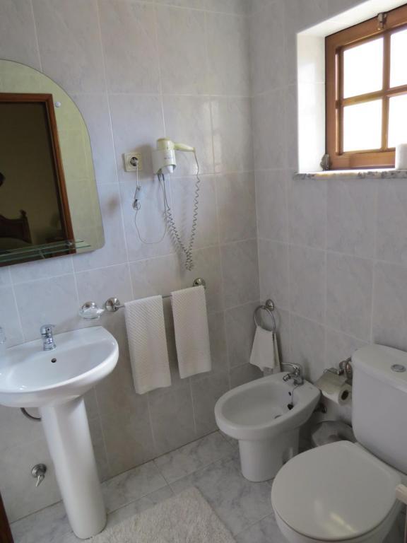 Uma casa de banho em Residência Iris