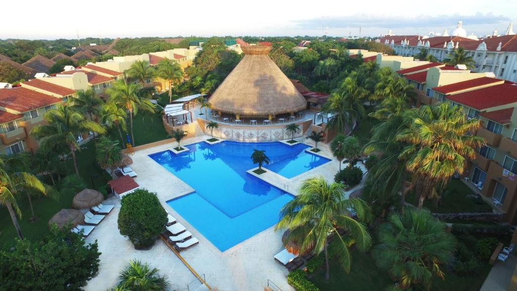 A bird's-eye view of Viva Wyndham Azteca All Inclusive