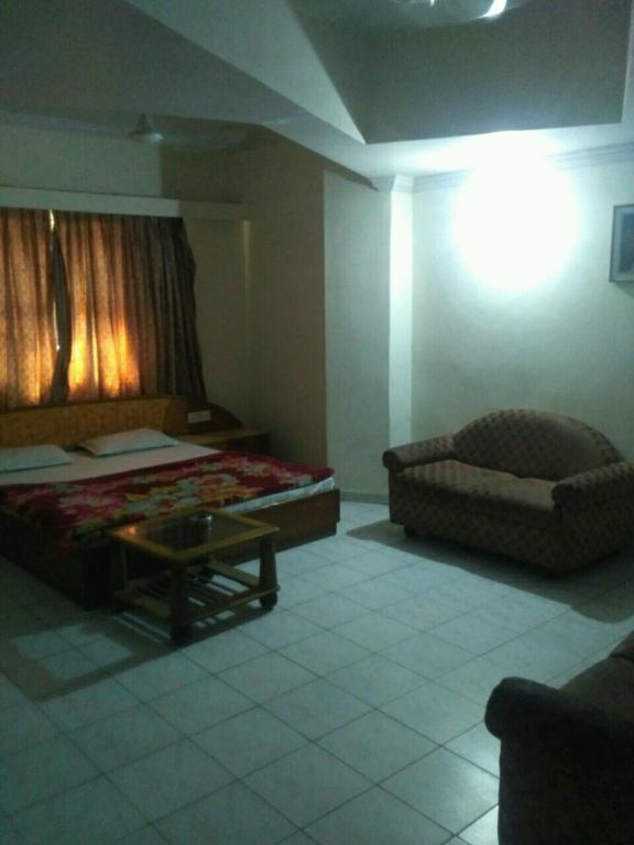 Rajshree hotel