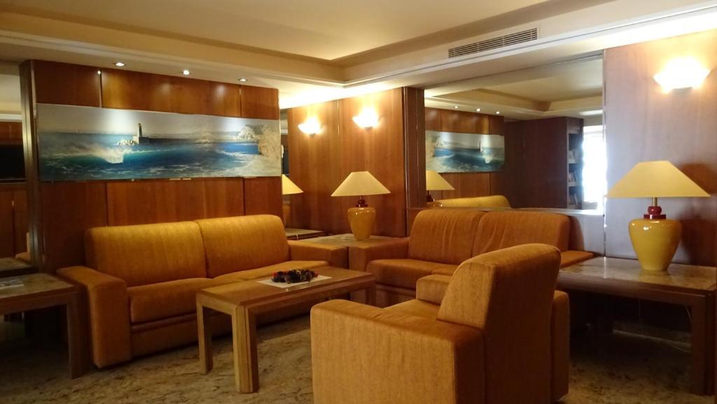 Club Inn