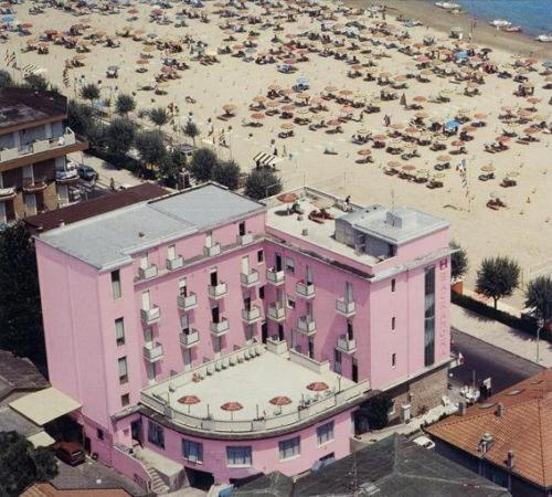 A bird's-eye view of Hotel Sacramora