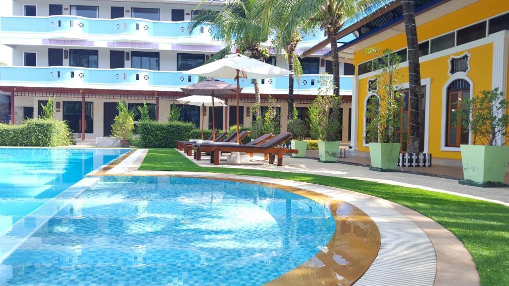 The swimming pool at or near Blue Carina Inn Hotel