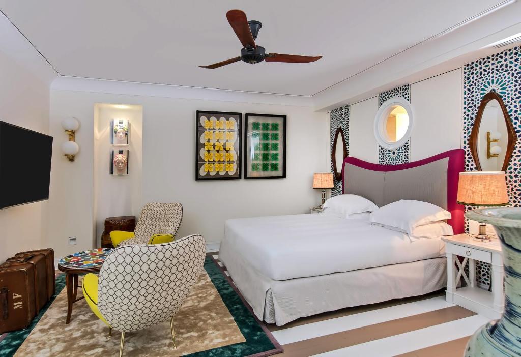 Cama ou camas em um quarto em Villa Mediterranea Capri