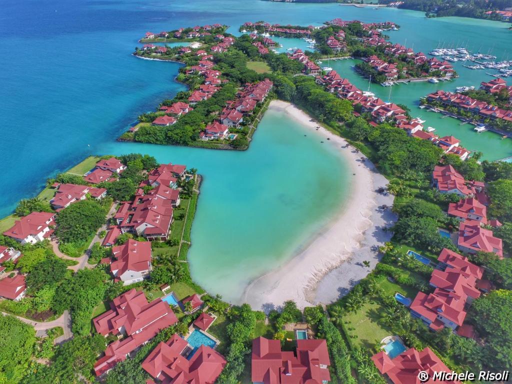 Eden Island Luxury Accommodation Isla Eden Precios