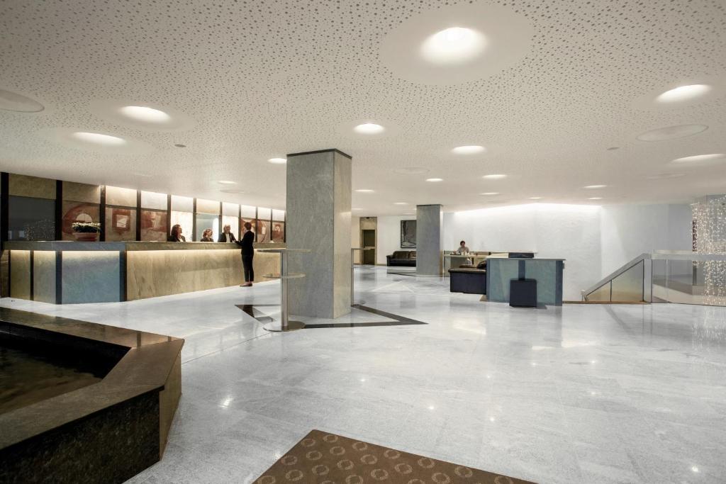 The lobby or reception area at Allgäu Stern Hotel