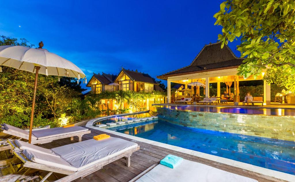 The swimming pool at or near BoHo Bingin Beach Bali