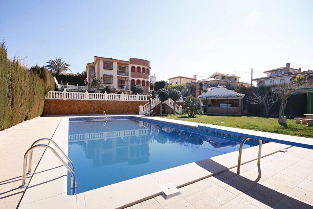 Villa Nazari (España Otura) - Booking.com