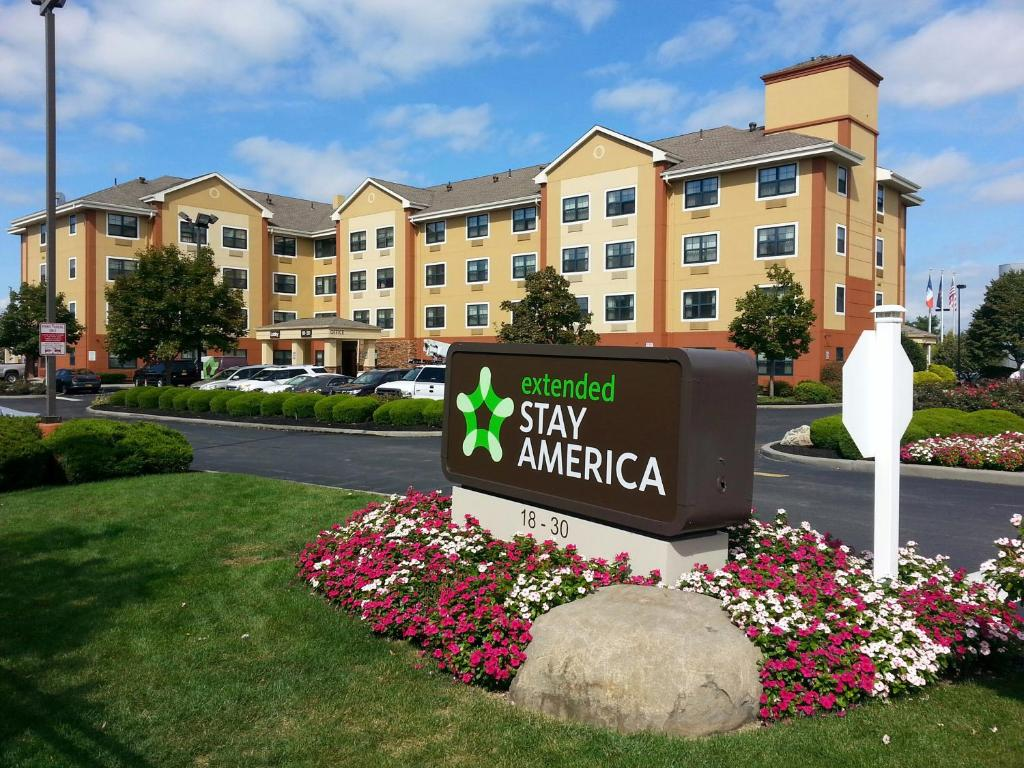 Extended Stay America - New York City - LaGuardia Airport.
