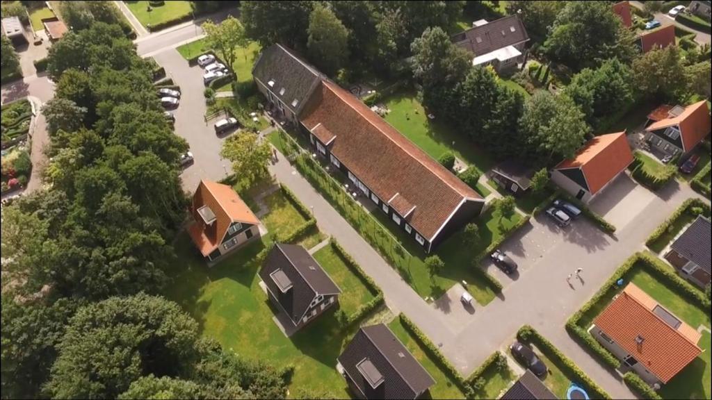 Een luchtfoto van Hofstede Villetta