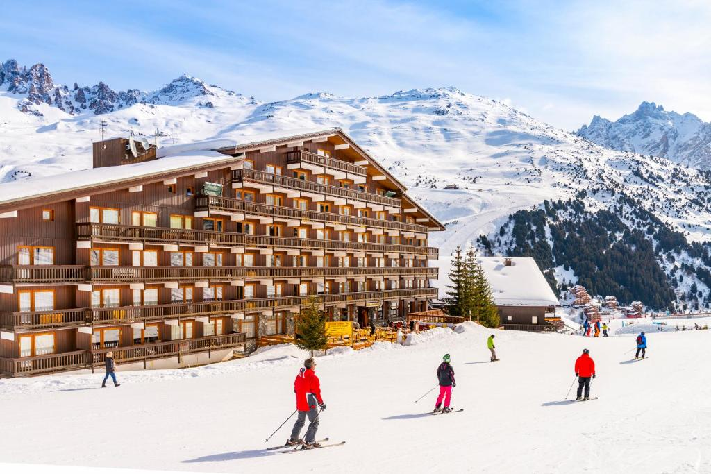Hotel Les Arolles during the winter