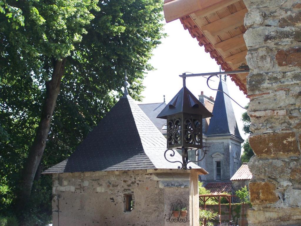 Fait Divers Saint Sebastien Sur Loire au détour des pas enchantés (france saint-sébastien-sur
