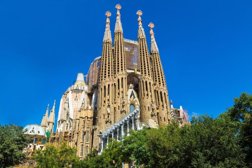 Click&Flat Sagrada Familia Apartments, Barcelona – Updated ...