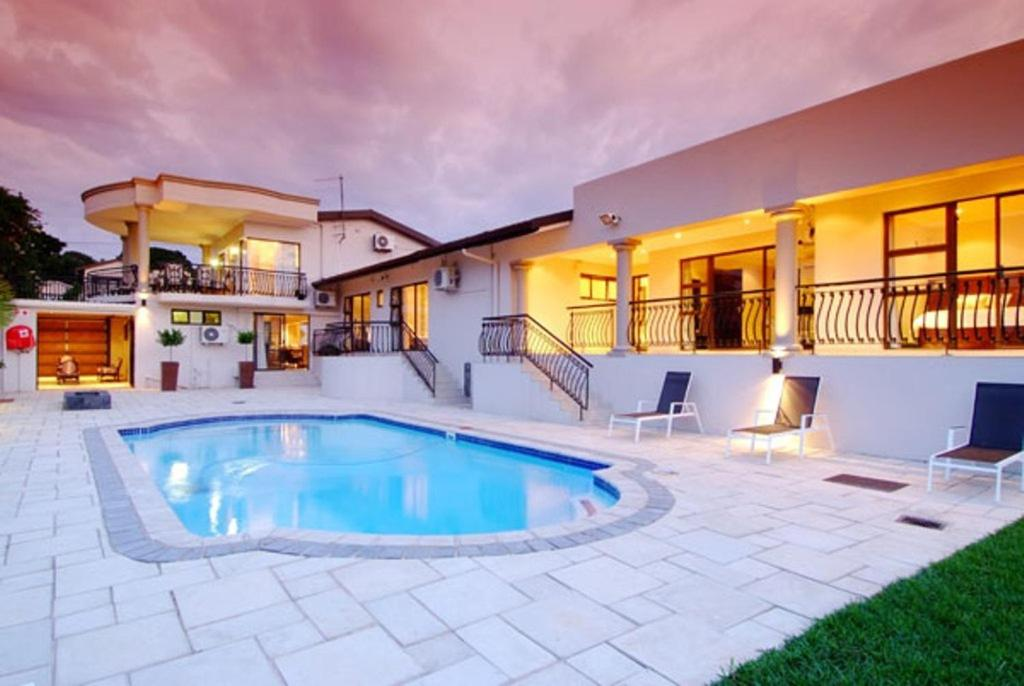 The swimming pool at or close to Sanchia Luxury Guest House