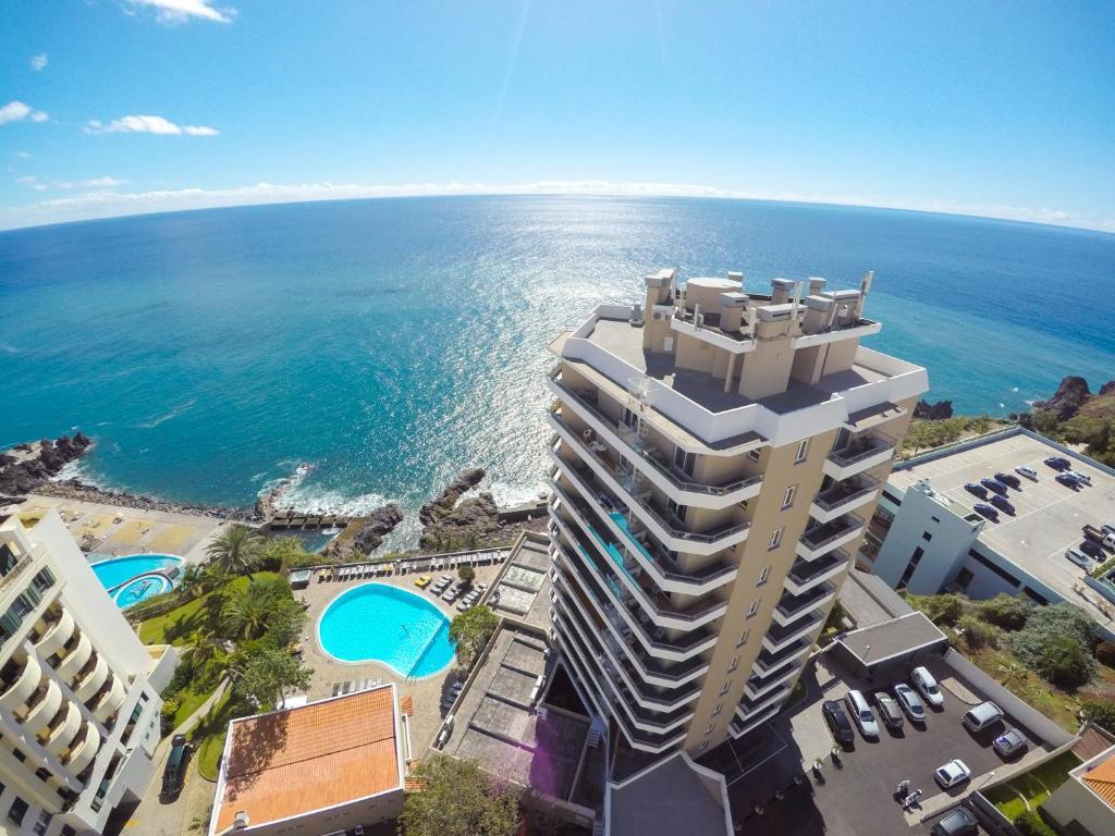 Een luchtfoto van Duas Torres Hotel