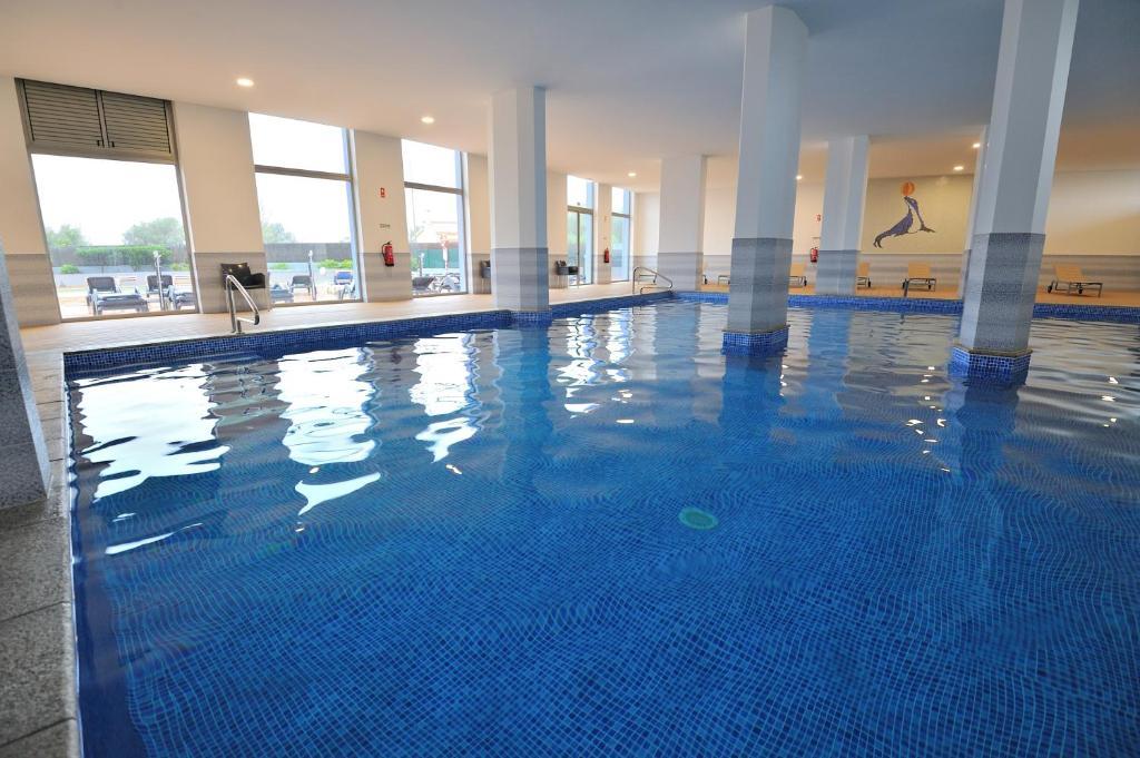 Piscine de l'établissement Oceano Atlantico Apartamentos Turisticos ou située à proximité