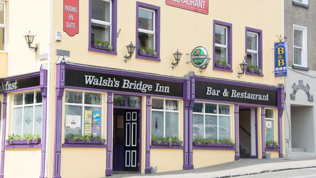 The facade or entrance of Walsh's Bridge Inn