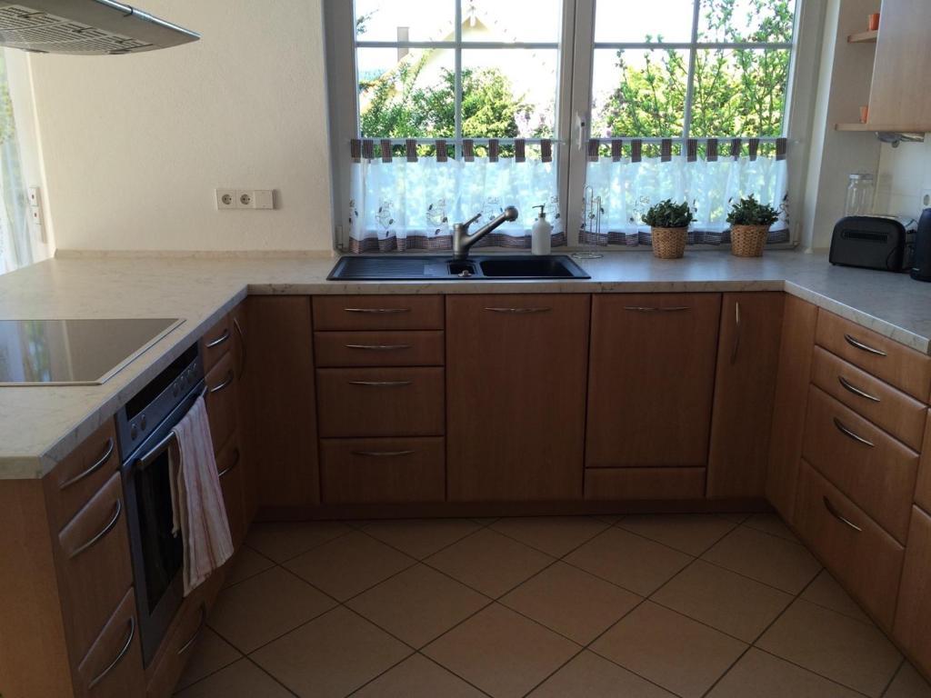 Küche/Küchenzeile in der Unterkunft Ferienwohnung Obersulm