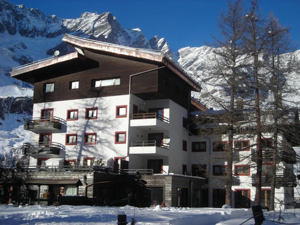Residenza Cervinia 2P