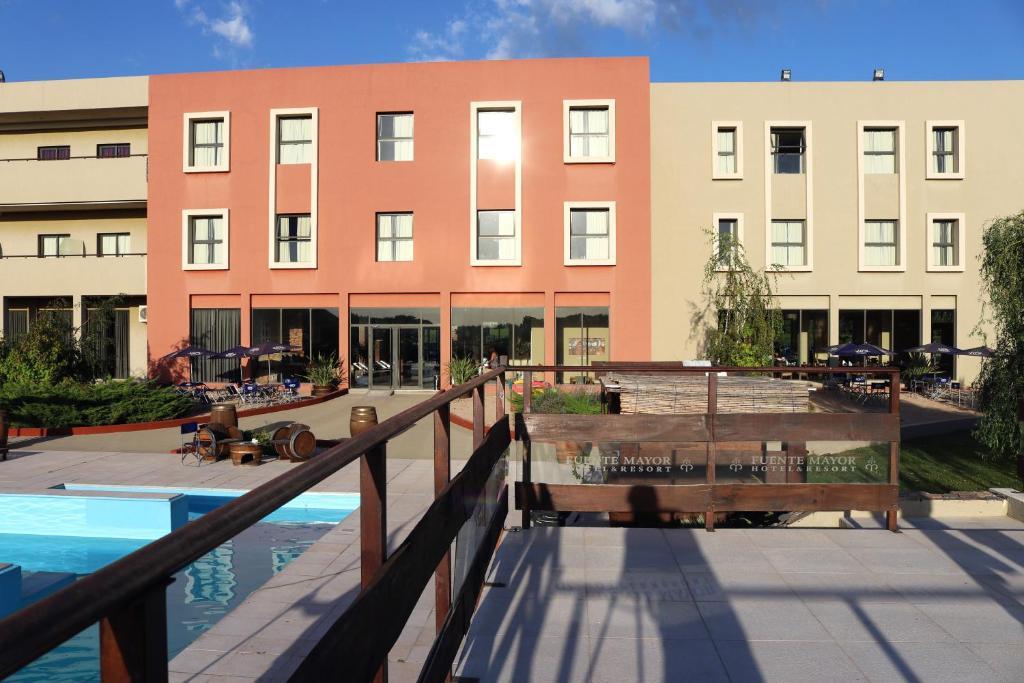 Fuente Mayor Hotel & Casino
