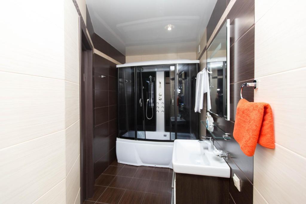 Ванная комната в Hotel Complex Pervomayskiy