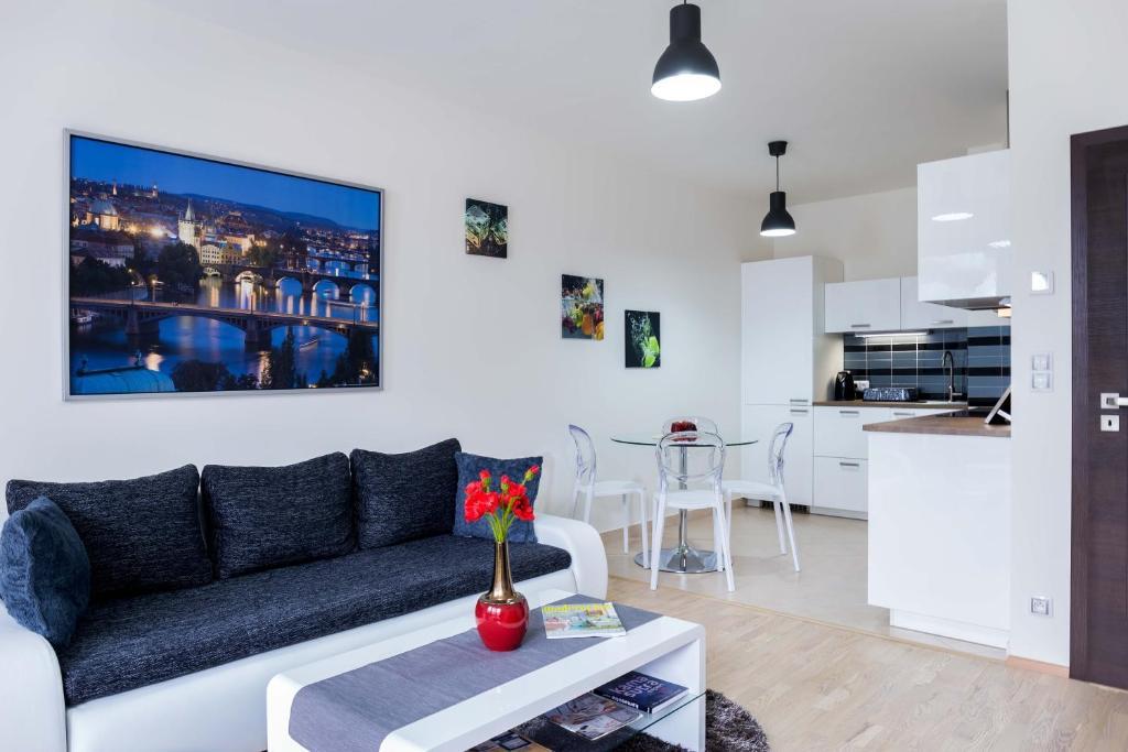 Uma área de estar em Kalina Apartment