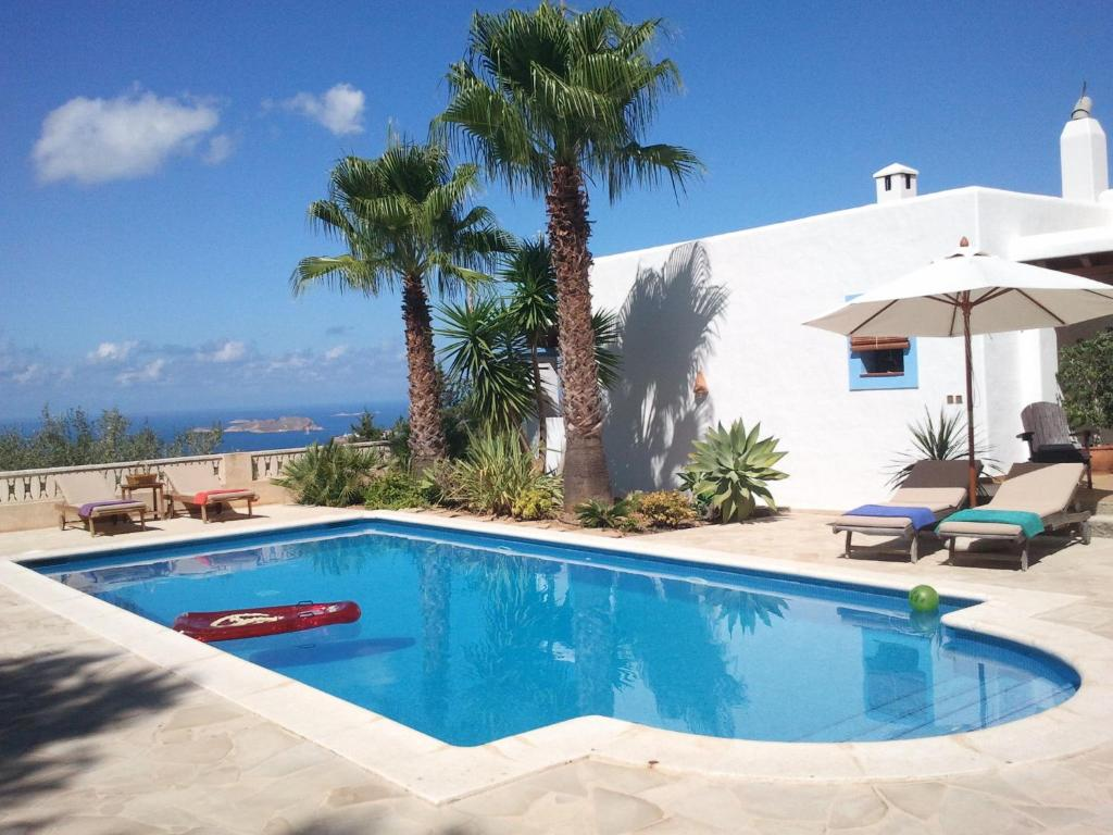 The swimming pool at or near Cozy Villa in Ibiza with swimming pool.