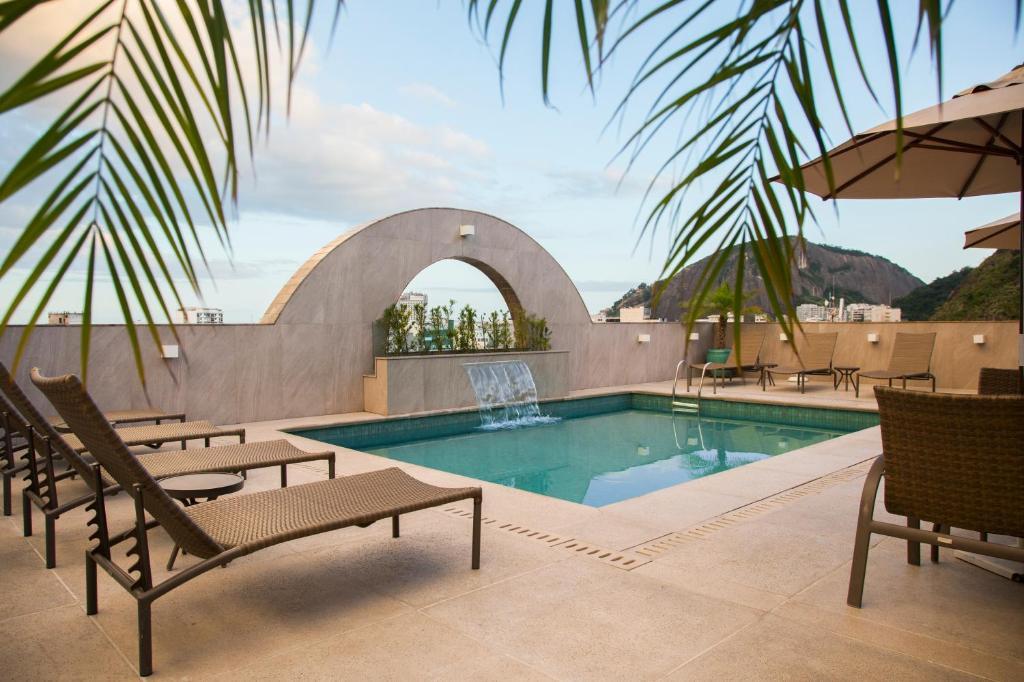 The swimming pool at or near Mirador Rio Copacabana Hotel