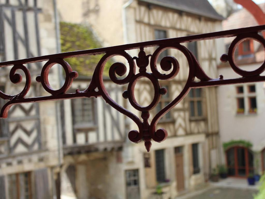 Apartments In Voutenay-sur-cure Burgundy