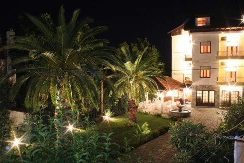 هتل Vicky Hotel