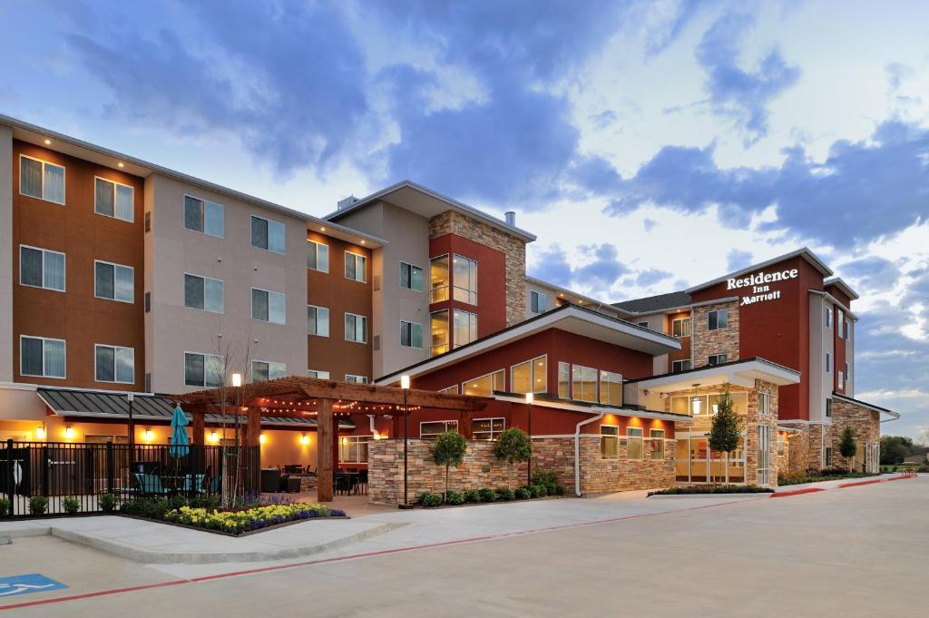 Residence Inn by Marriott Houston Tomball