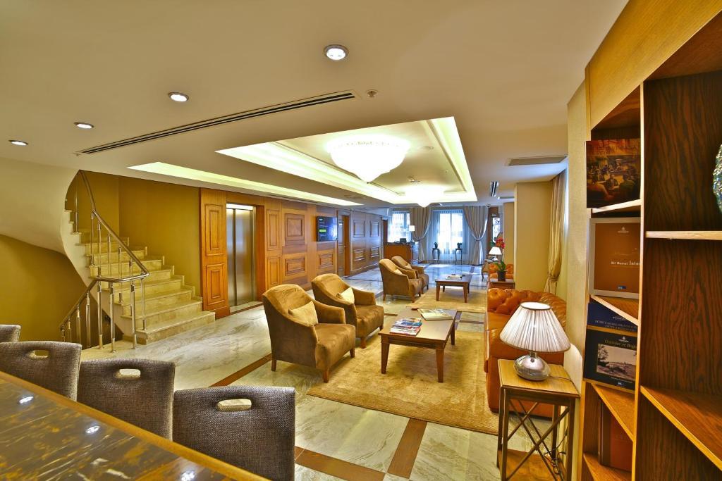 Гостиная зона в Adelmar Hotel Istanbul Sisli