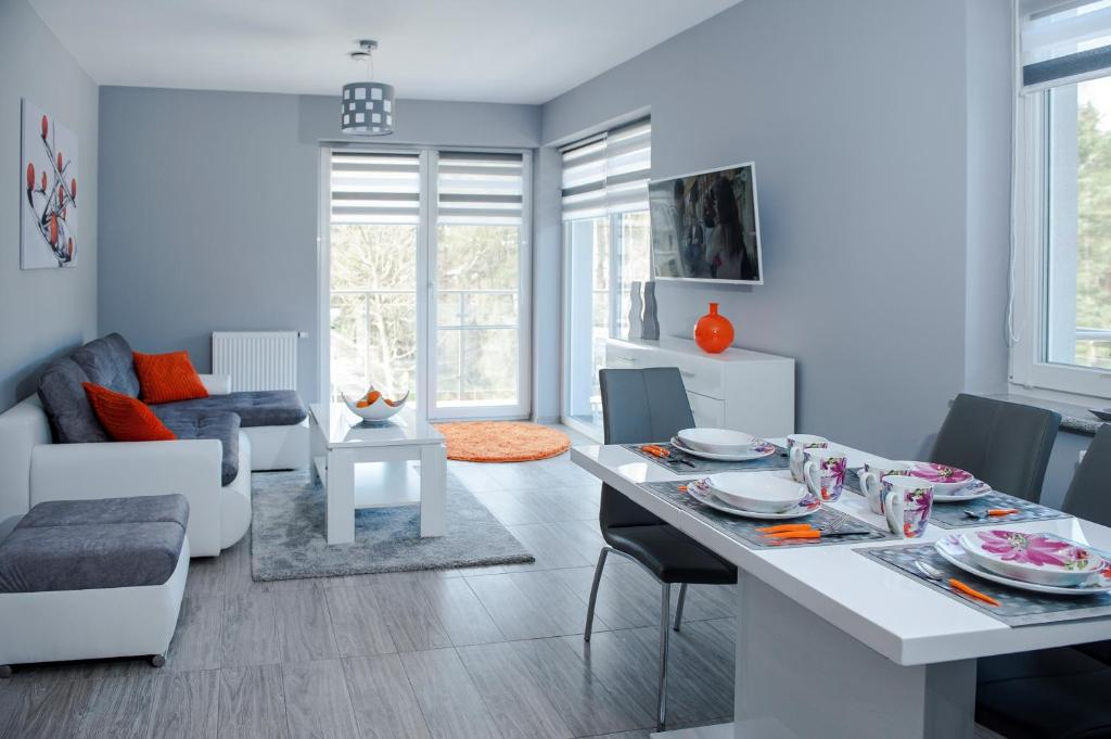A seating area at Elegance Apartment